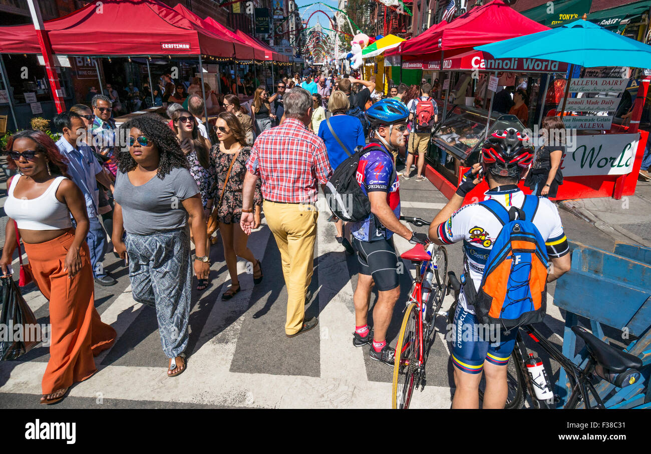 Feast of San Gennaro with Mulberry Street filled with tourists - Stock Image