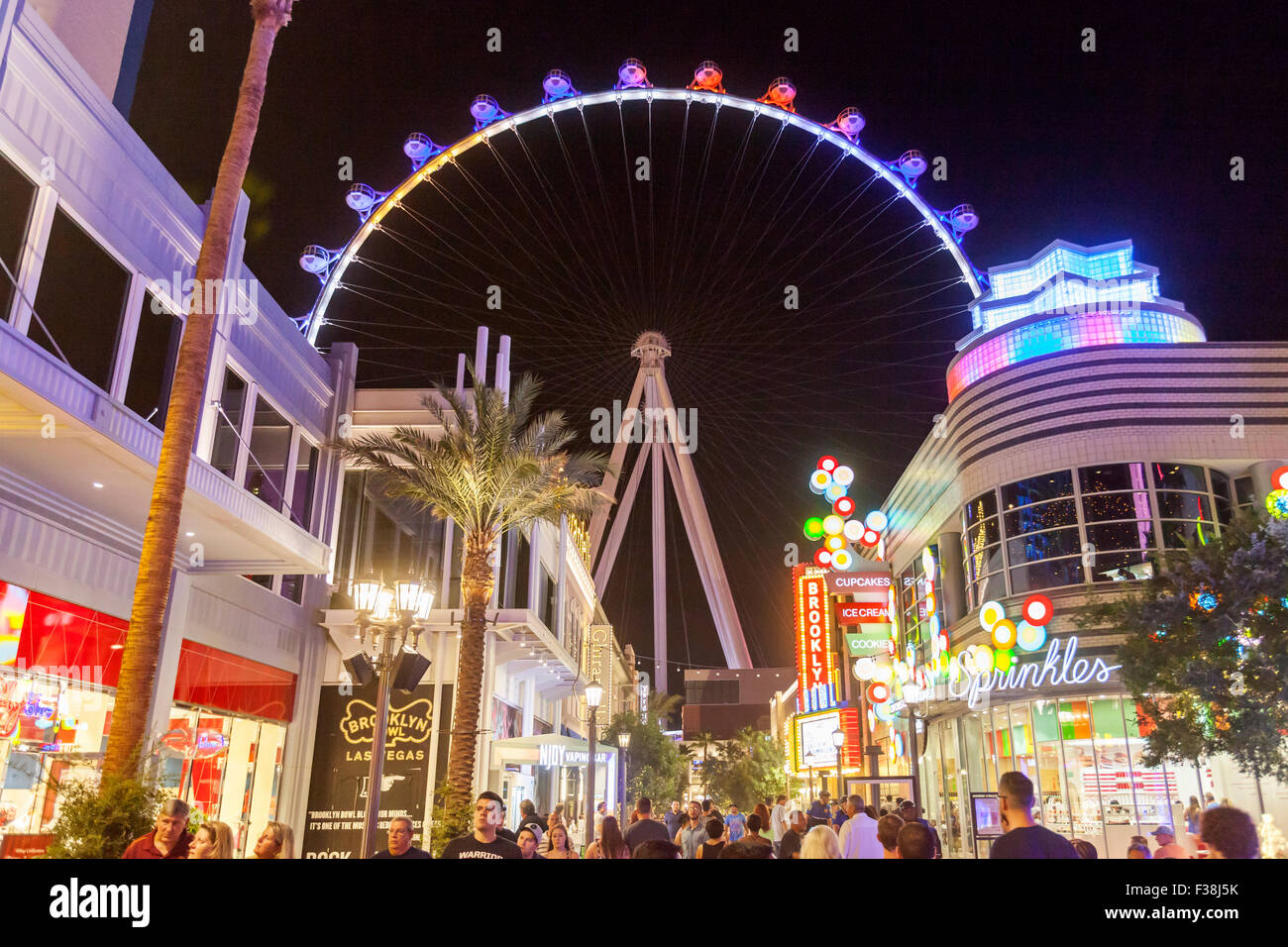 A nighttime view of the High Roller Ferris Wheel in Las Vegas, Nevada. - Stock Image
