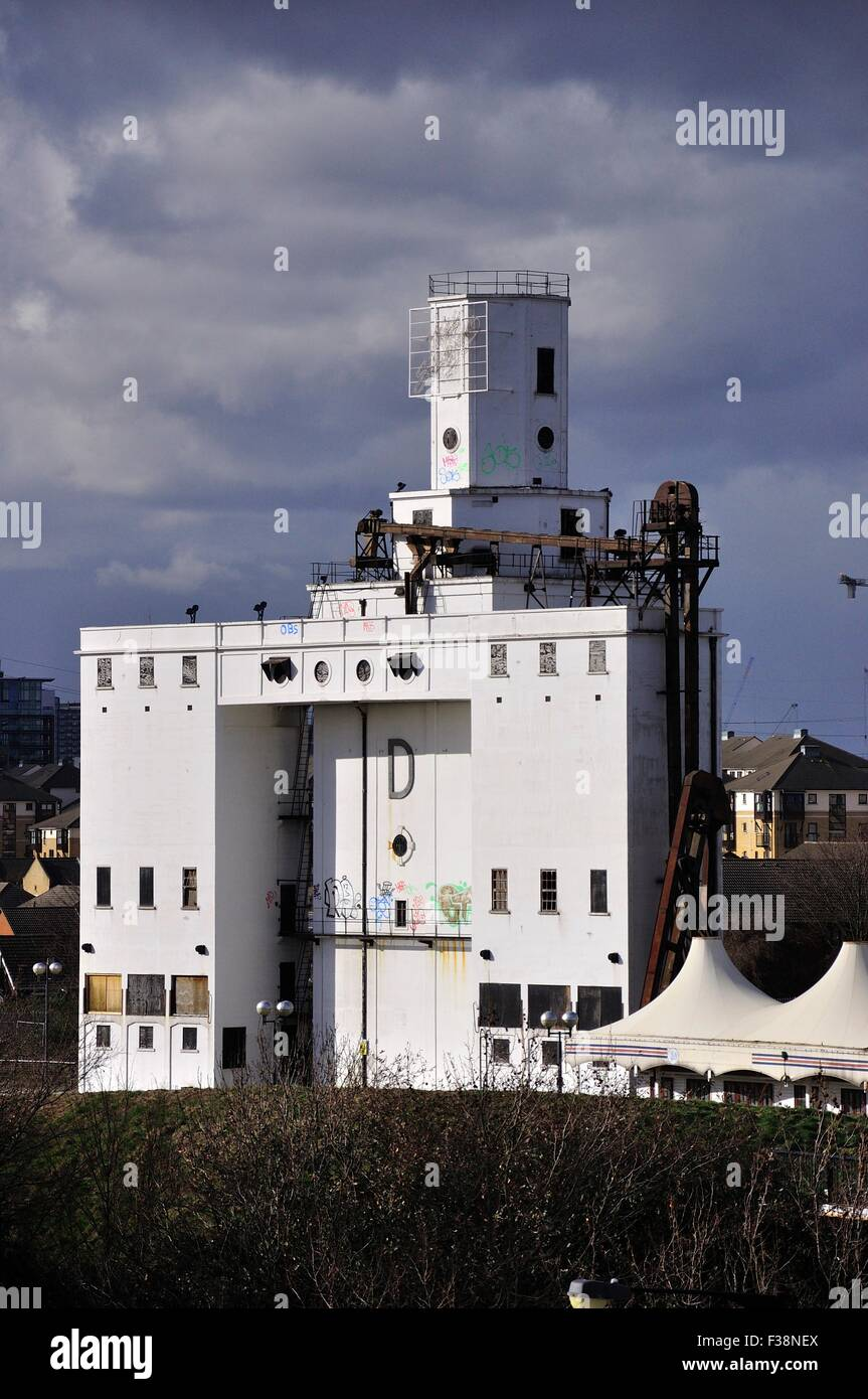 Silo 'D', in East Silvertown, London - Stock Image