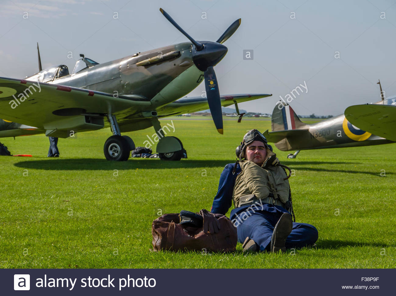Duxford Battle of Britain 2015 Spitfire Pilot  waiting order to Scramble 1940's - Stock Image