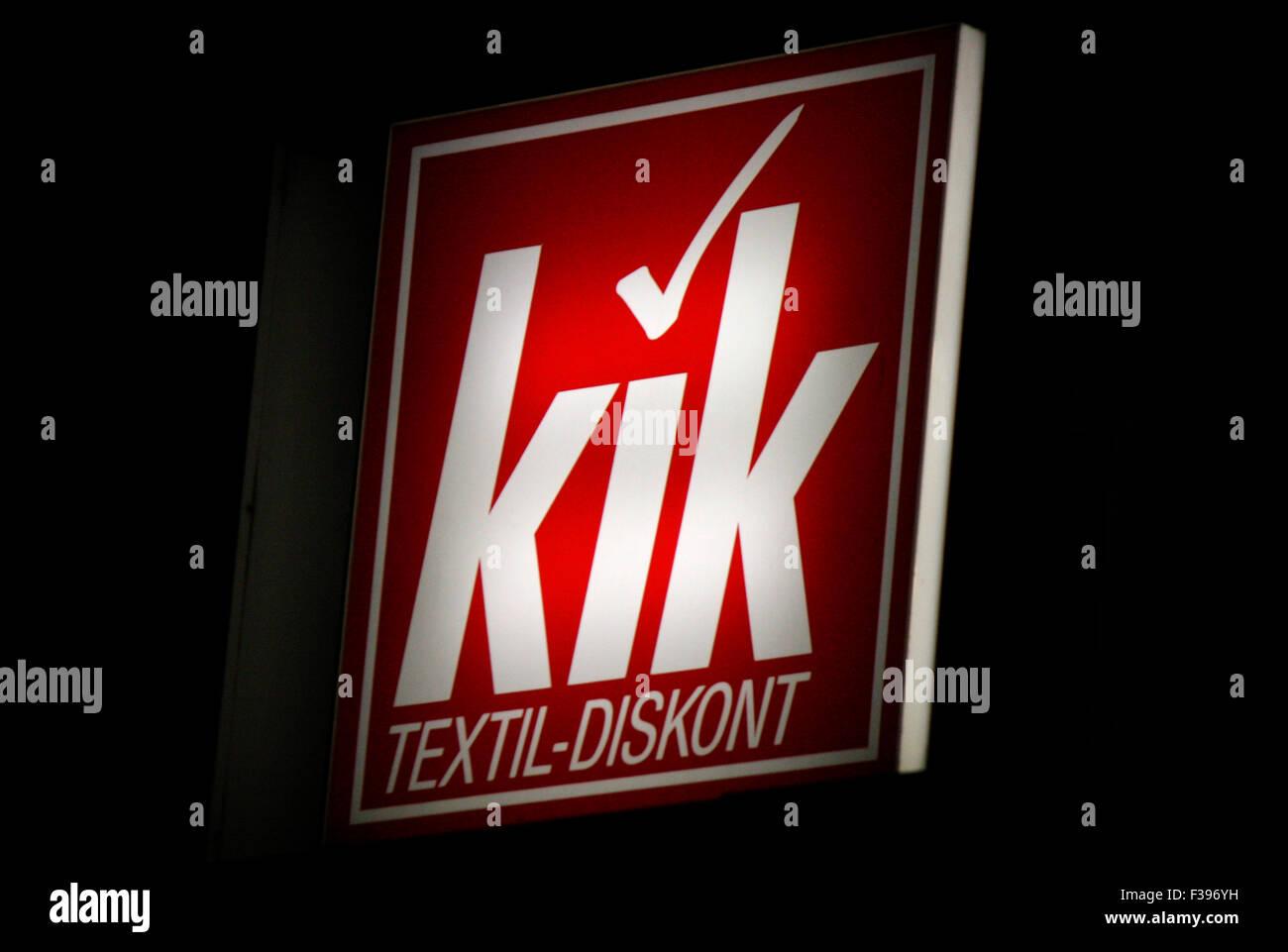 Markenname: 'kik Textil-Discount', Berlin. - Stock Image