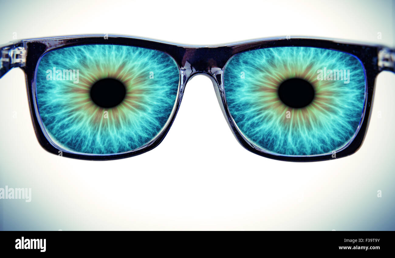 Big eyes with glasses - Stock Image