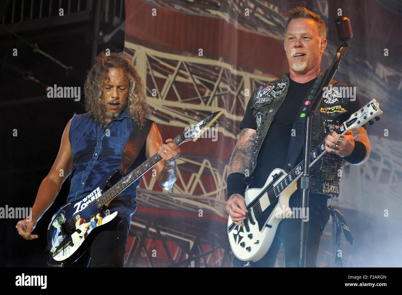 Lollapalooza Festival 2015 - Performances - Metallica  Featuring: James Hetfield, Kirk Hammett, Metallica Where: - Stock Image