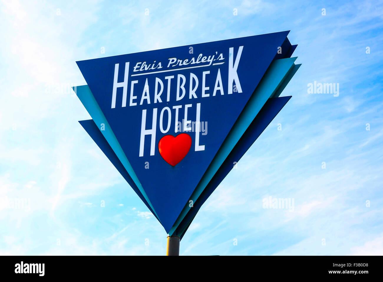 Triangular overhead sign of Elvis Presley's Heartbreak Hotel in Memphis Tennessee - Stock Image