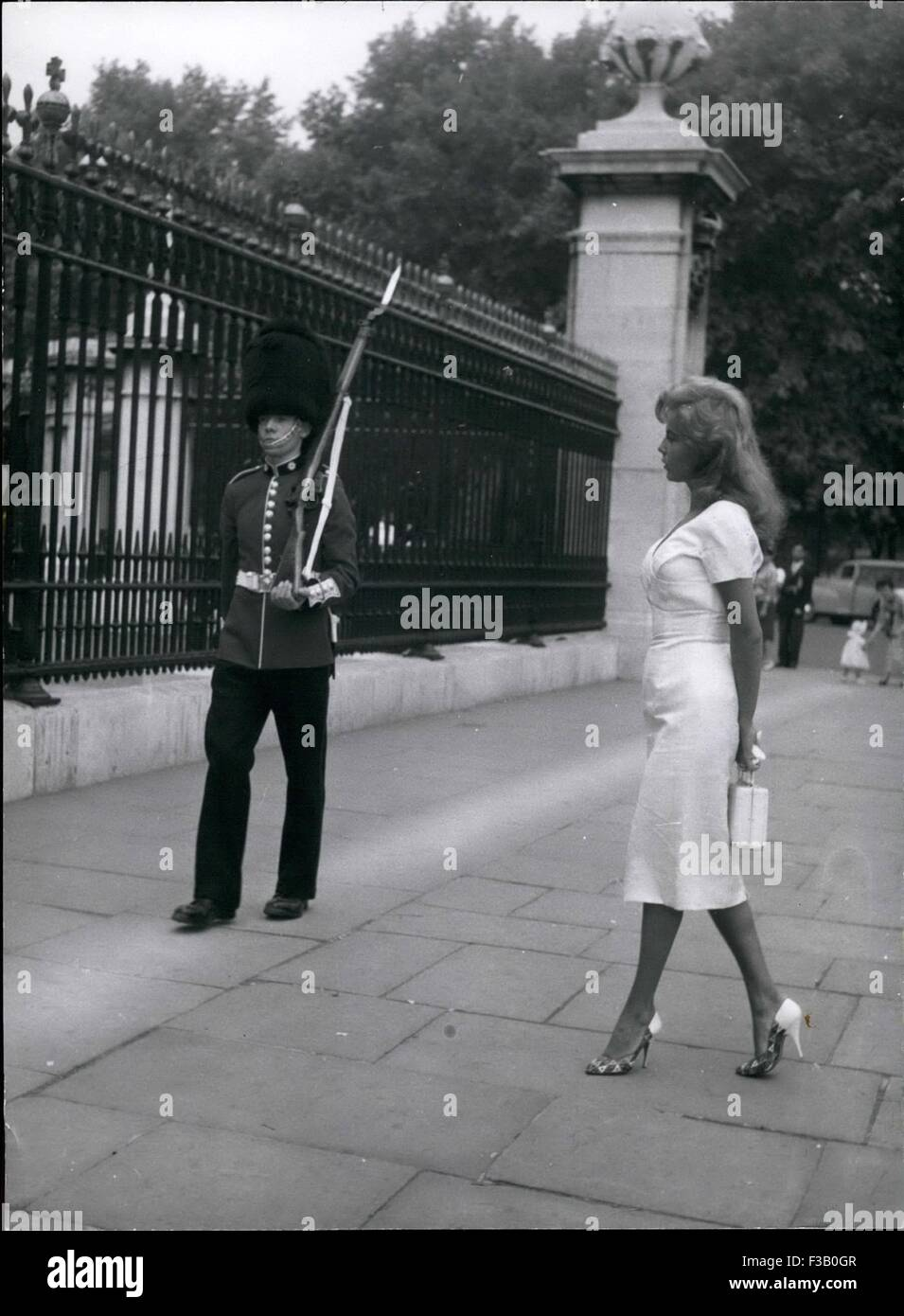 Dec. 19, 1981 - Hows this, guardsman, honey? Abbe Lane puts her left foot forward, but the guard concentrates on - Stock Image