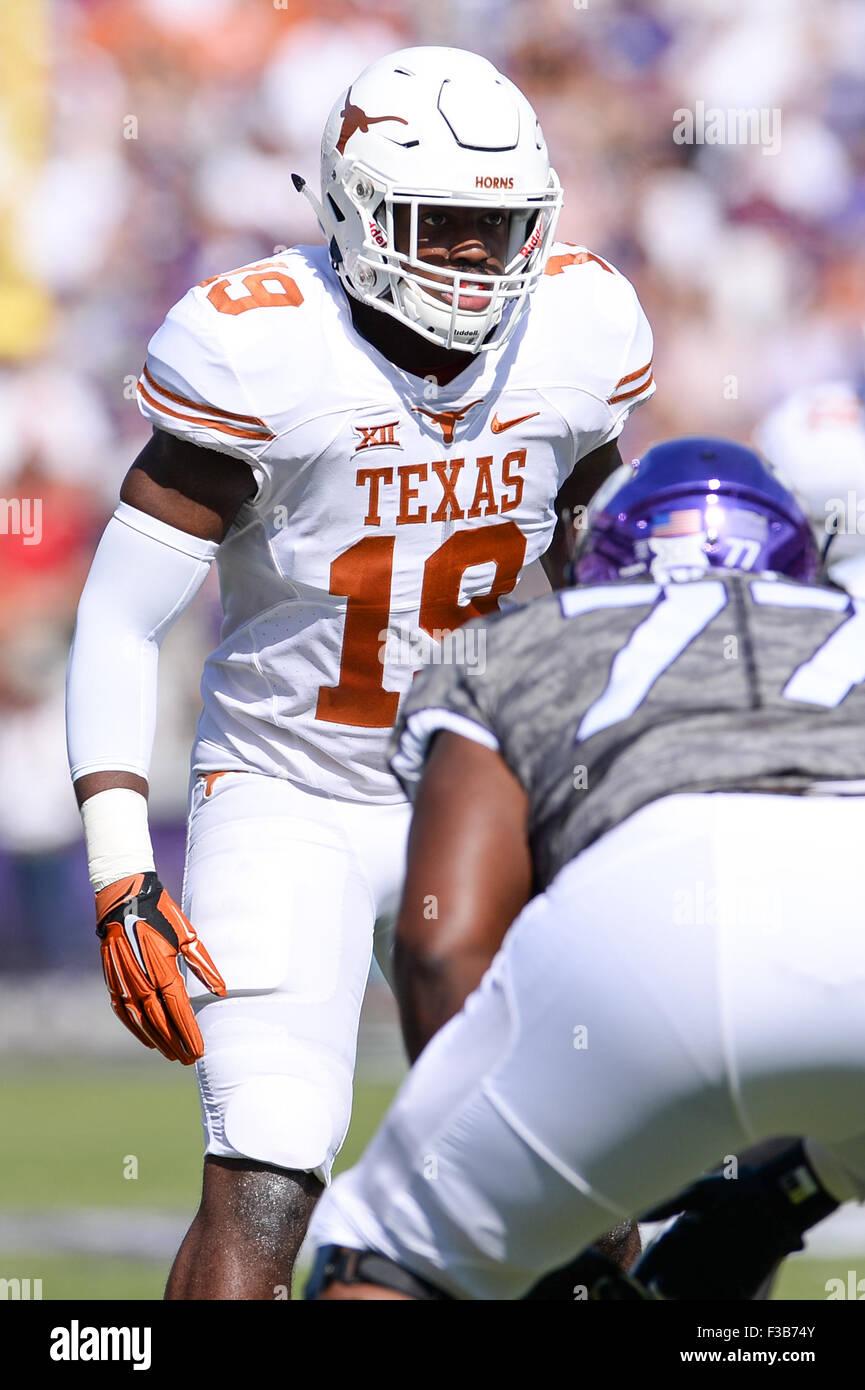 October 3, 2015: Texas Longhorns linebacker Peter Jinkens (19) during the NCAA Football game between the TCU Horned Stock Photo