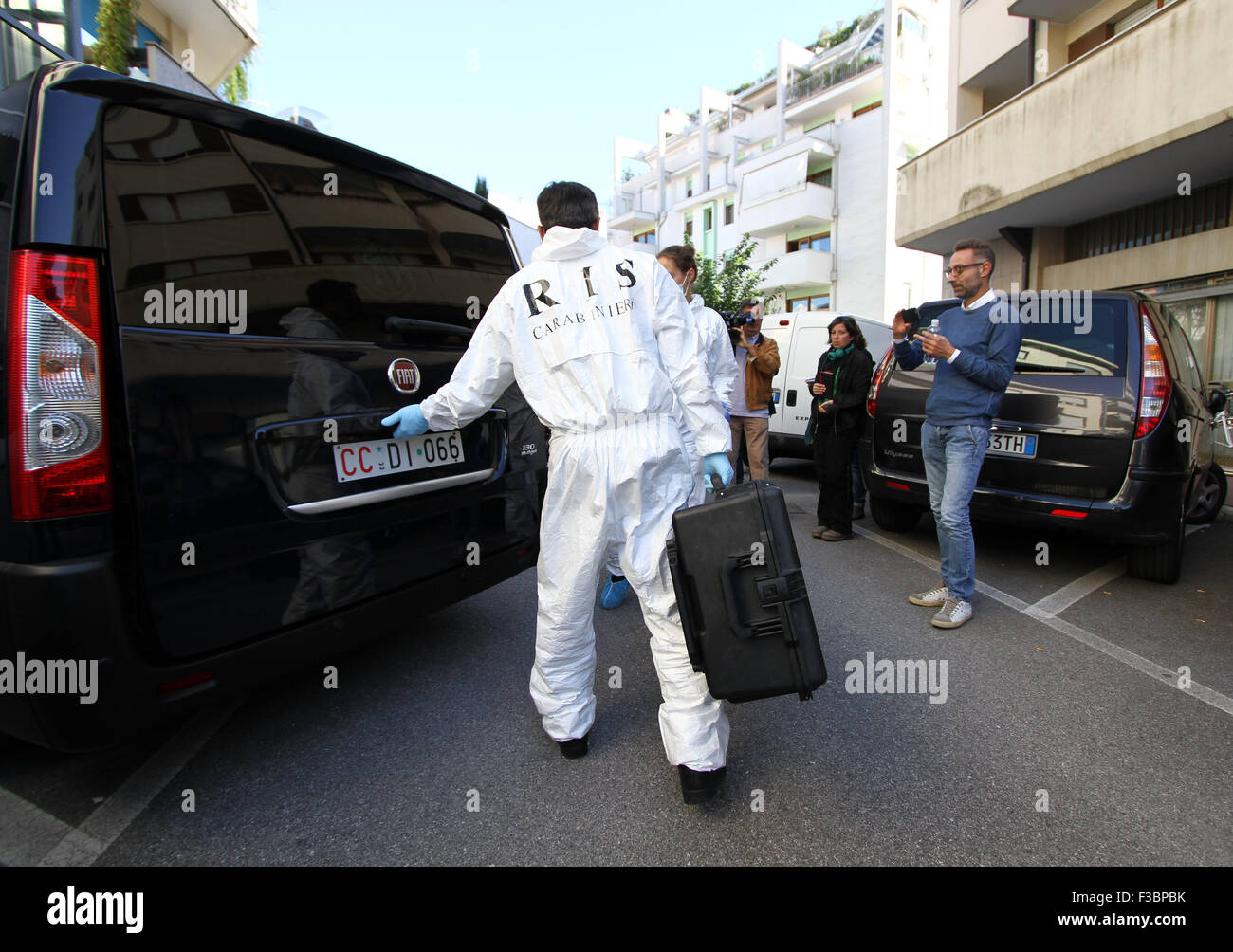 ITALY, Pordenone: Forensic Police arrived to examinate the house of suspect Giosu Ruotolo during the case Double - Stock Image