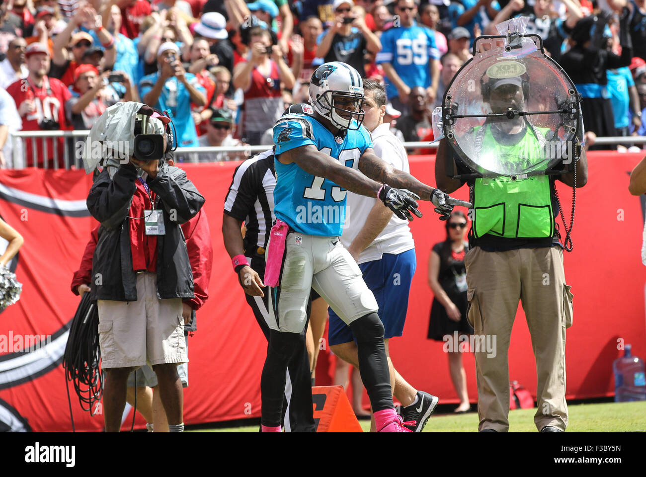 Tampa Bay, Florida, USA. 4th October, 2015. Carolina Panthers wide receiver Ted Ginn #19 points to the pylon on Stock Photo