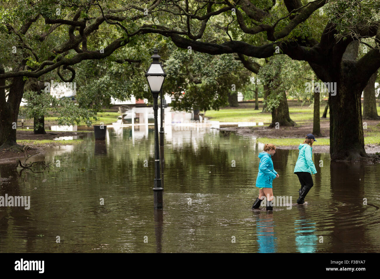 Charleston, South Carolina, USA. 4th October, 2015. Young women walk ...
