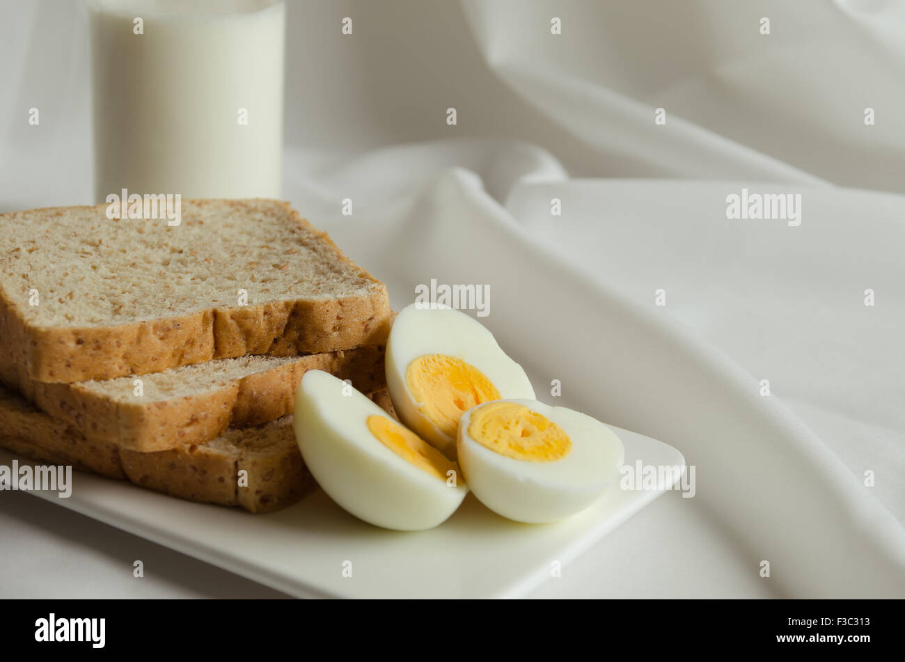 Bread in an egg with milk: a recipe with photos 36