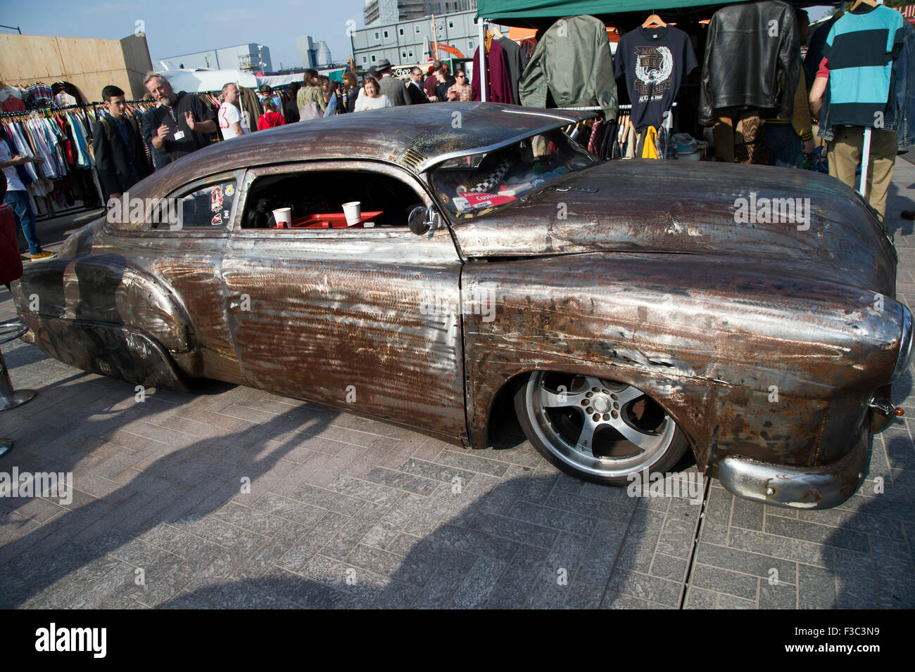 London, England, UK: 4th October 2015 Classic car boot sale, Lewis ...