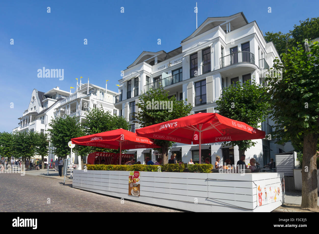 Rugen island stock photos rugen island stock images alamy for Villa sellin rugen