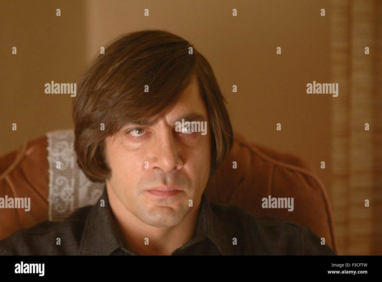NO COUNTRY FOR OLD MEN 2007 Paramount Vantage film with Javier Bardem - Stock Image