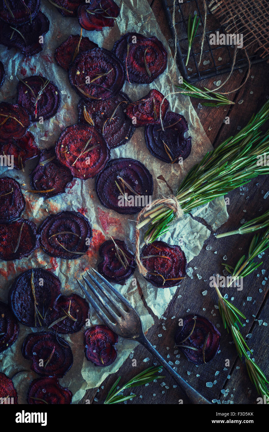 Beetroot crisps with rosemary - Stock Image