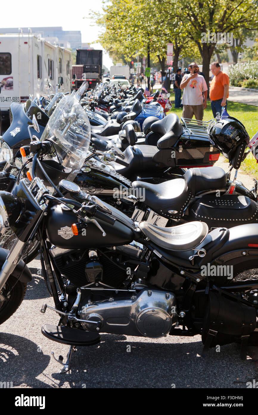 Harley Davidson motorcycles parked - USA - Stock Image