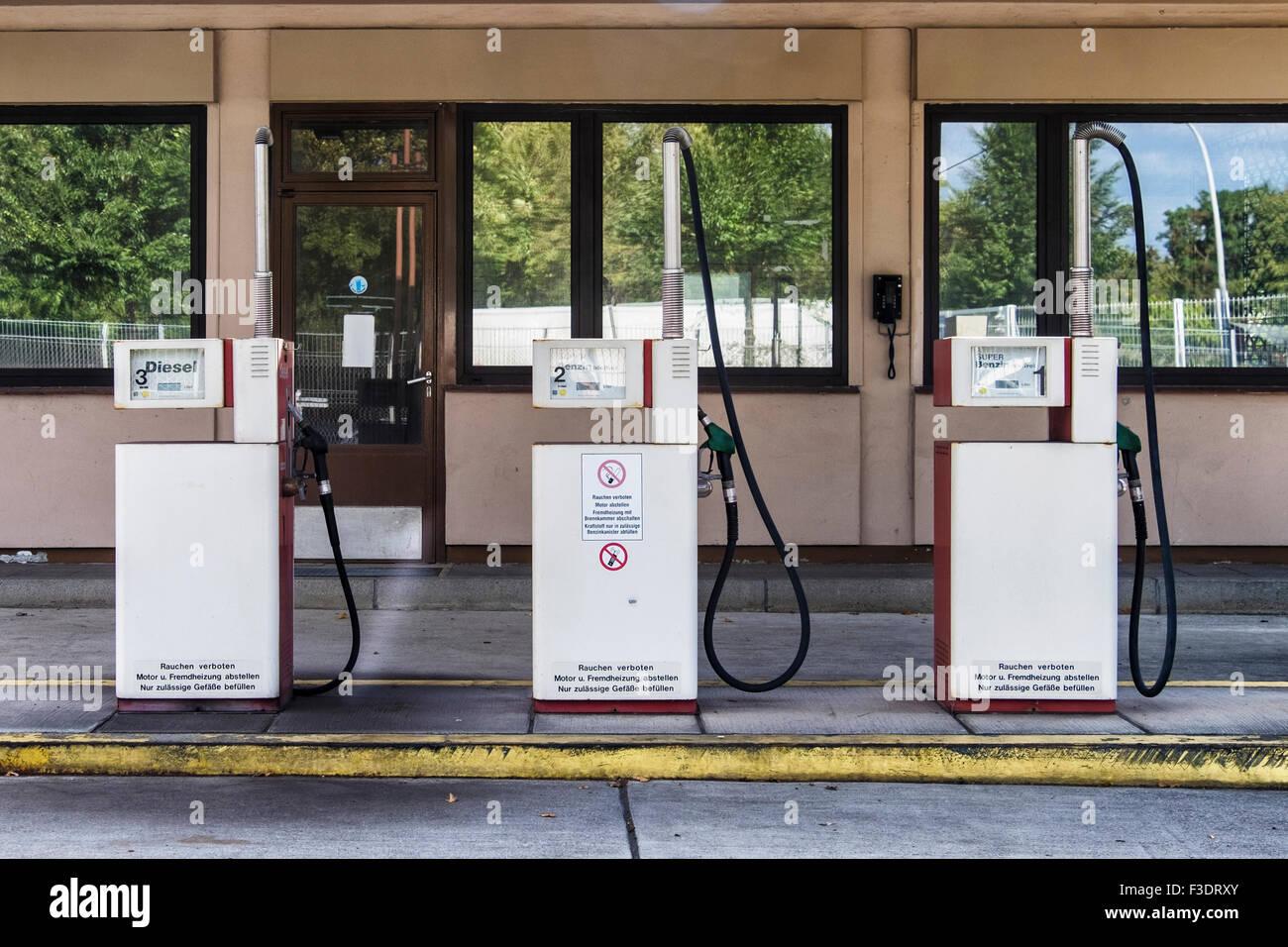 Berlin Tempelhof Airport, Flughafen - obsolete abandoned petrol pumps at fuel service station - Stock Image