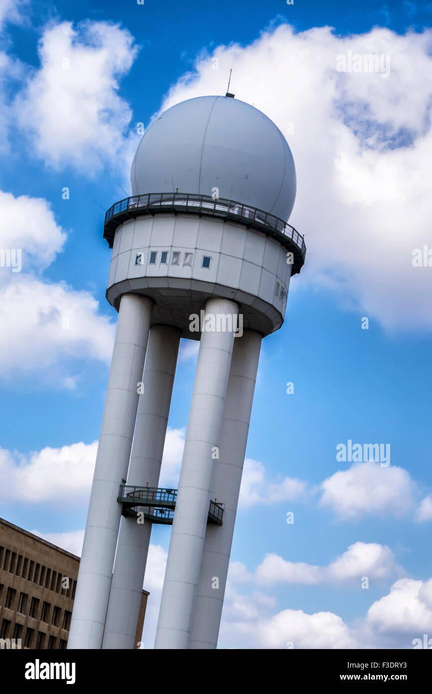 Berlin Tempelhof Airport, Flughafen Berlin-Tempelhof THF, radar tower of obsolete former airport building - Stock Image