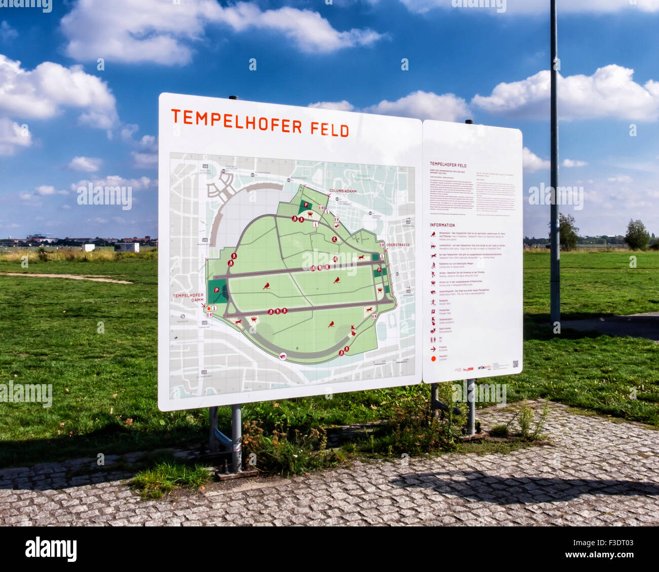 Berlin Tempelhof Airport, Flughafen -  Tempelhofer Feld Map, Old obsolete airfield now used for leisure and recreation - Stock Image