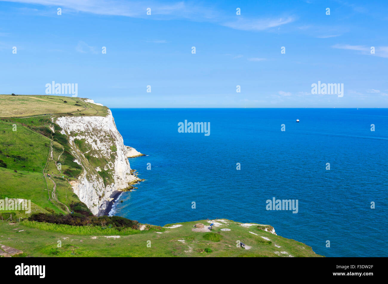 View from the clifftop path at the White Cliffs, Dover, Kent, England, UK - Stock Image