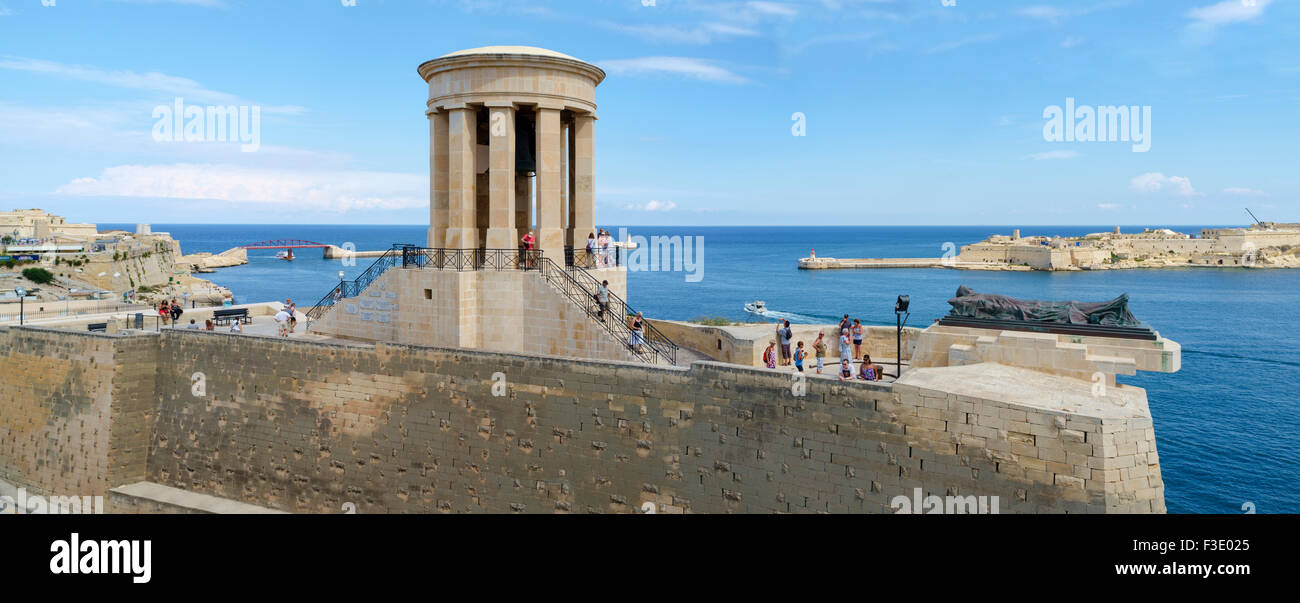 Siege Bell War Memorial, Valletta - Stock Image