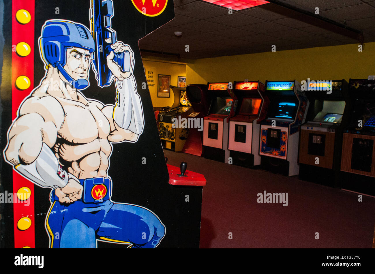 Video games inside the American Classic Arcade Museum in Laconia, New Hampshire. - Stock Image