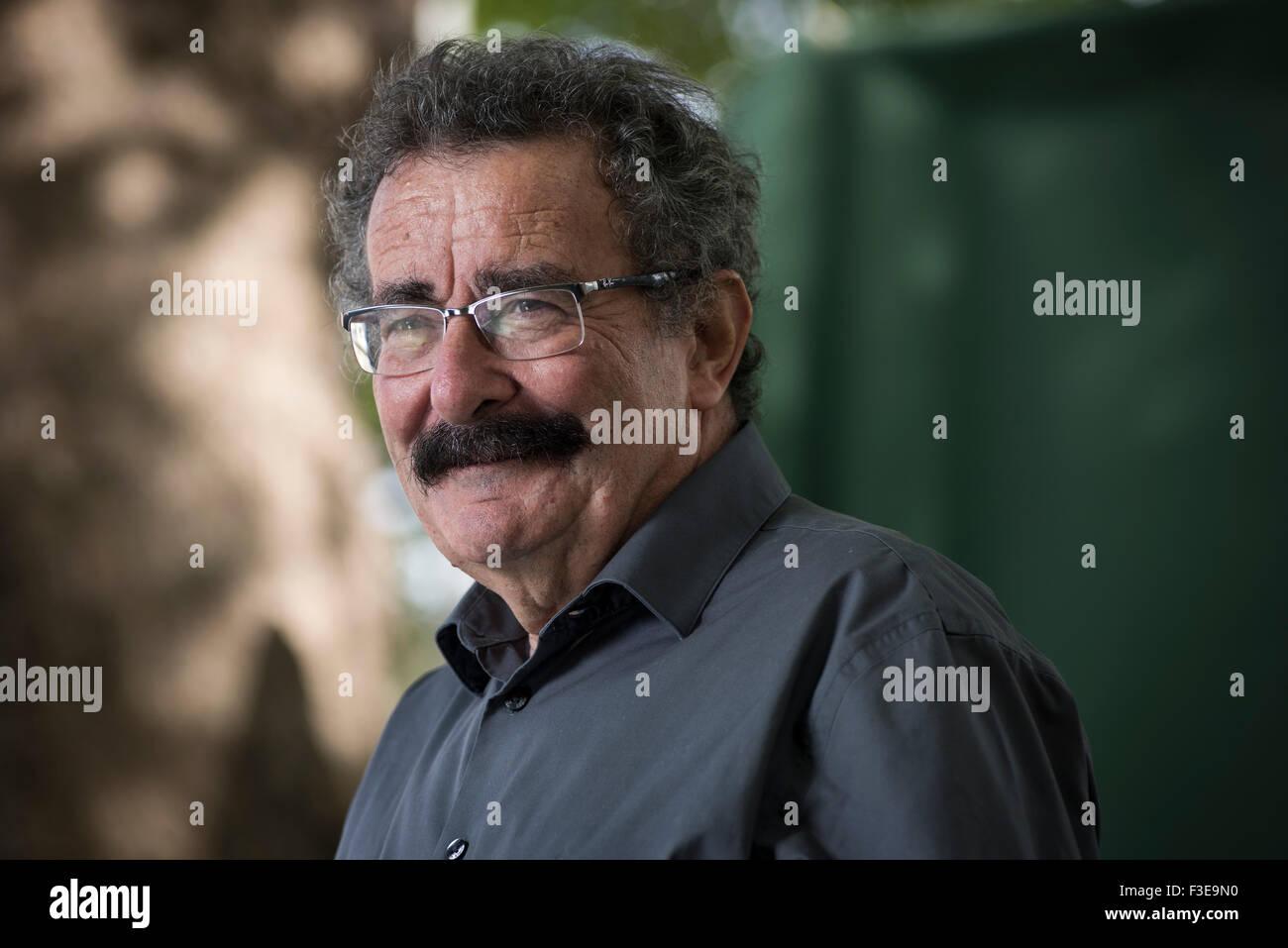 Professor, medical doctor, scientist, television presenter and politician Robert Winston FMedSci FRSA FRCP FRCOG - Stock Image