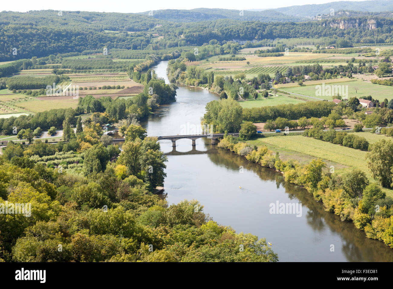 The plain in the countryside of Perigord and the Dordogne river seen from the vantage point of Domme. Campagne Périgourdine. - Stock Image