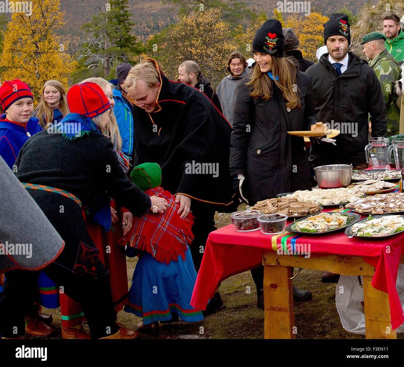 Dalarna, Sweden. 6th October, 2015. HRH Prince Carl Philip and HRH Princess Sofia Visit to Idre Sami village Last - Stock Image