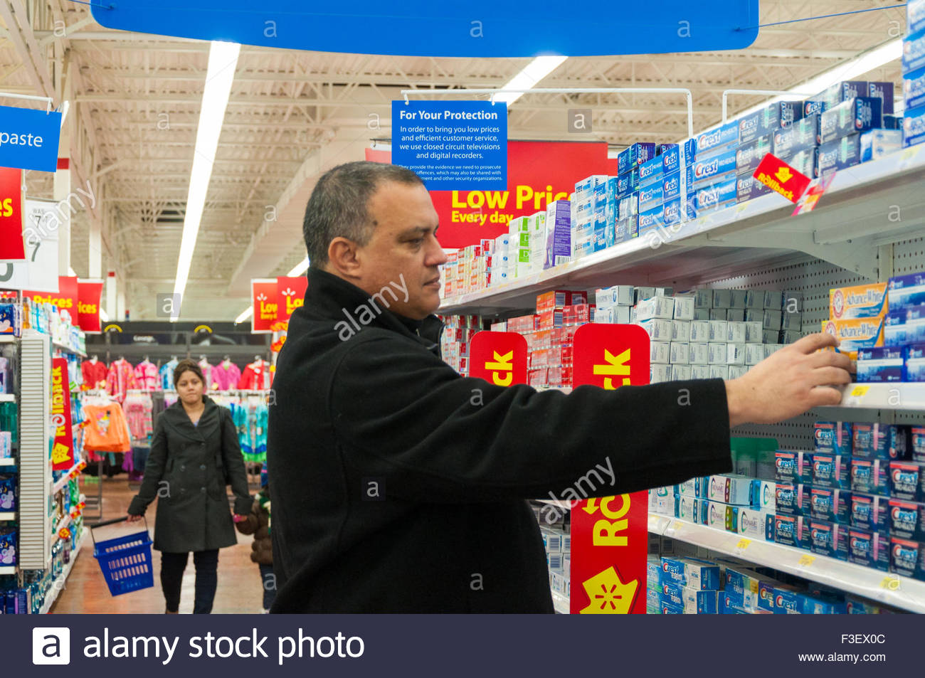Wal Mart Store Stock Photos & Wal Mart Store Stock Images - Alamy
