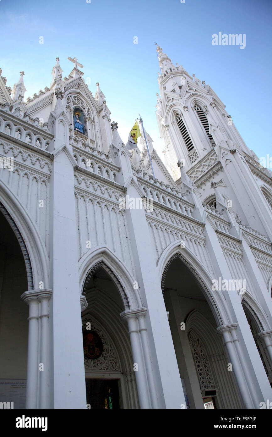 Basilica of Our Lady of Dolours 146 ft high rear Bible tower 260 feet high churchhas 15 Alrs buil0 ; Thrissur ; - Stock Image