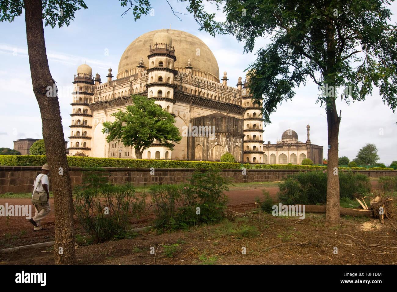 Gol gumbaz monument is the tomb of muhammad adil shah A.D.1626 1656 ; Bijapur ; Karnataka ; India - Stock Image