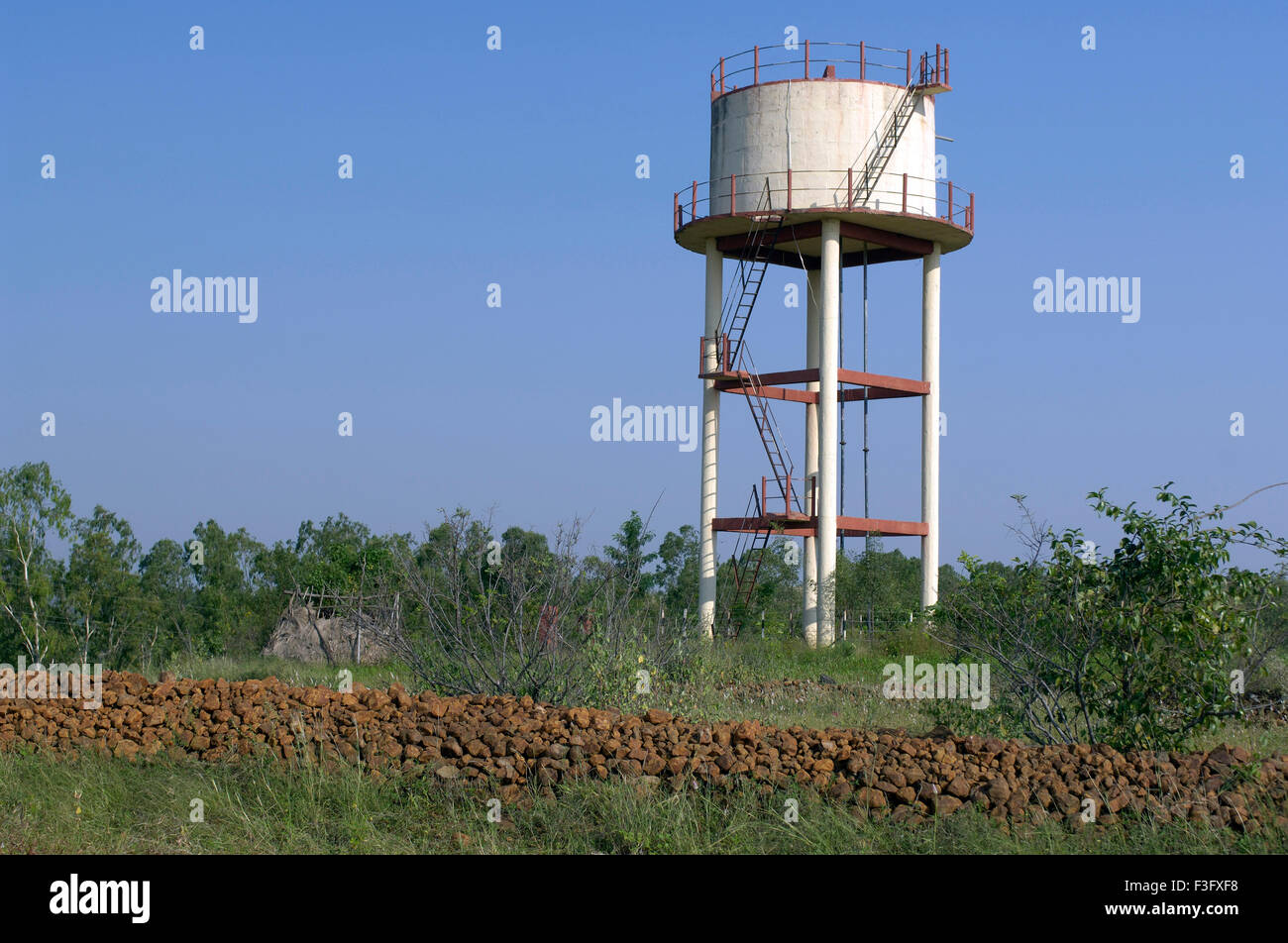 Swajaldhara overhead drinking water capacity 75000 liters at Ralegan Siddhi near Pune ; Maharashtra ; India - Stock Image