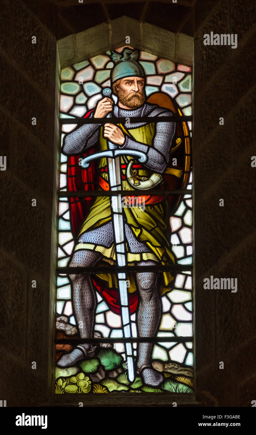 A stained glass figure of William Wallace inside The National Wallace Monument on Abbey Craig, Stirling in Scotland. - Stock Image