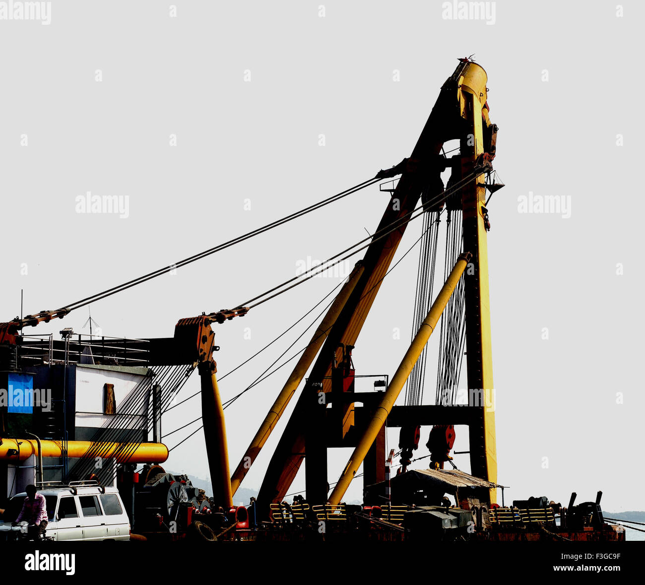 Asian Hercules floating crane having capacity 1600 metric tones erecting Bandra Worli sea Bombay Mumbai Maharashtra - Stock Image