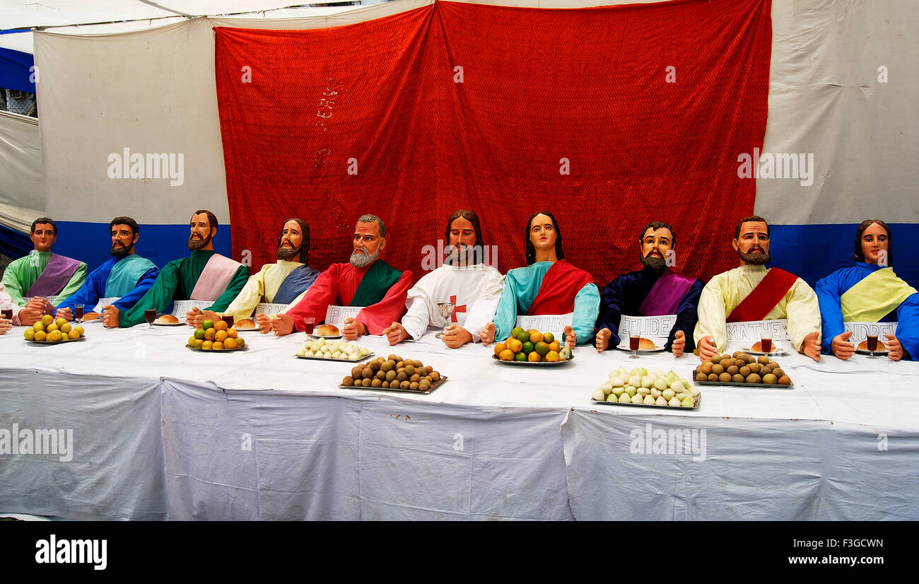 Statutes of Christ with12 Apostles - Stock Image