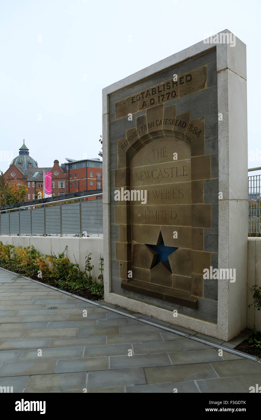 Memorial at Blue Star Square in Newcastle-upon-Tyne, UK. The memorial marks the former site of the Newcastle Breweries - Stock Image