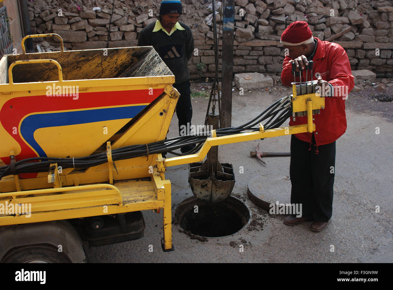 Sewer Cleaning Stock Photos & Sewer Cleaning Stock Images