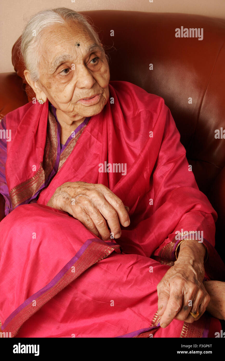 A 92 year old Maharashtrian woman telling about her life ; India MR#686J - Stock Image