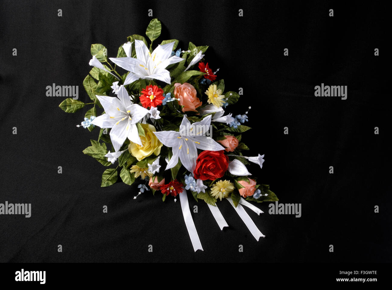 Bridal bouquet used Christian wedding name of flowers marguerite ...