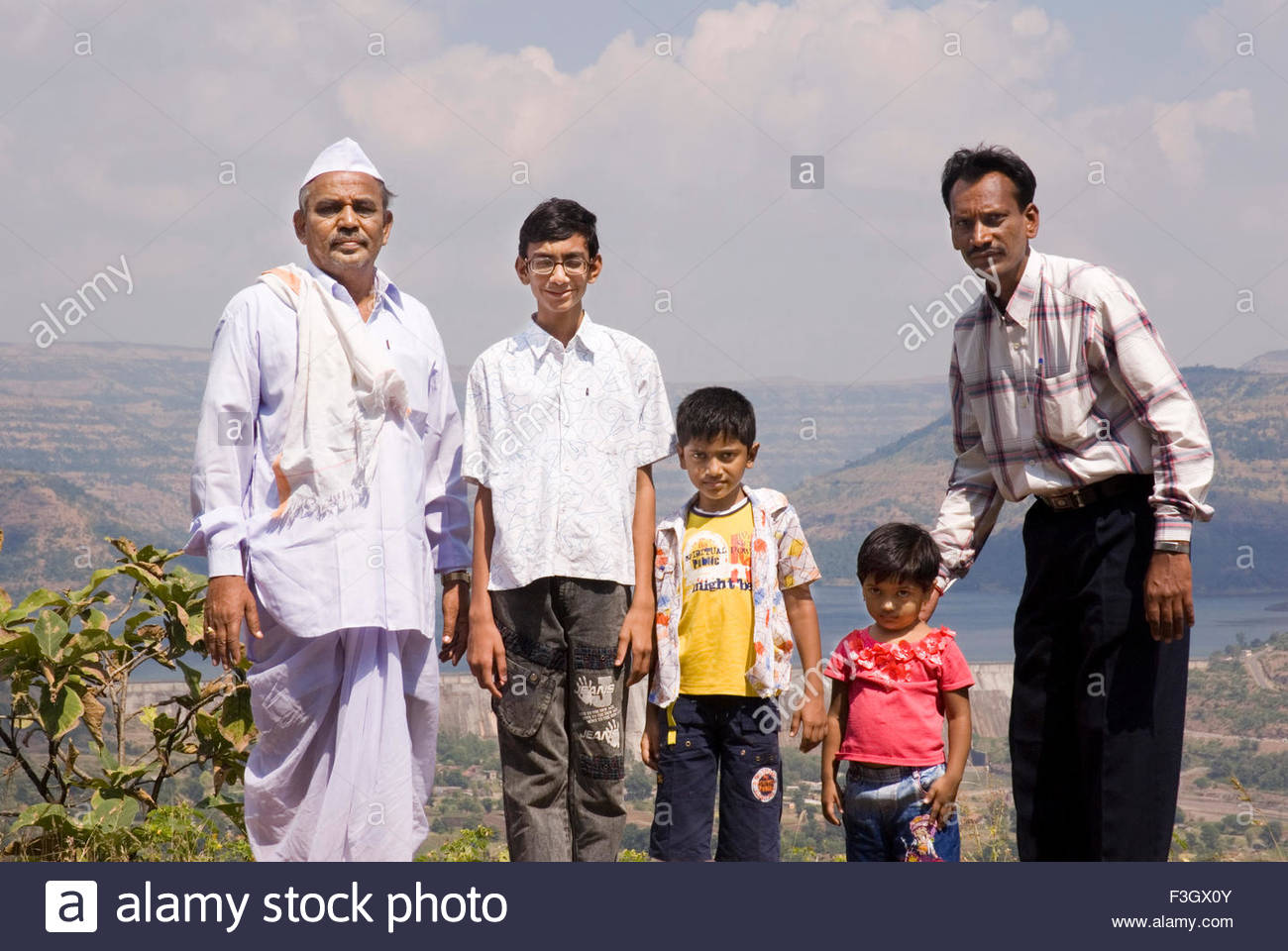 60 year old Maharashtrian old man sonad grandsoin Bhimashankhe twelve Jyotirling ; Pu ; Maharasht88 - Stock Image