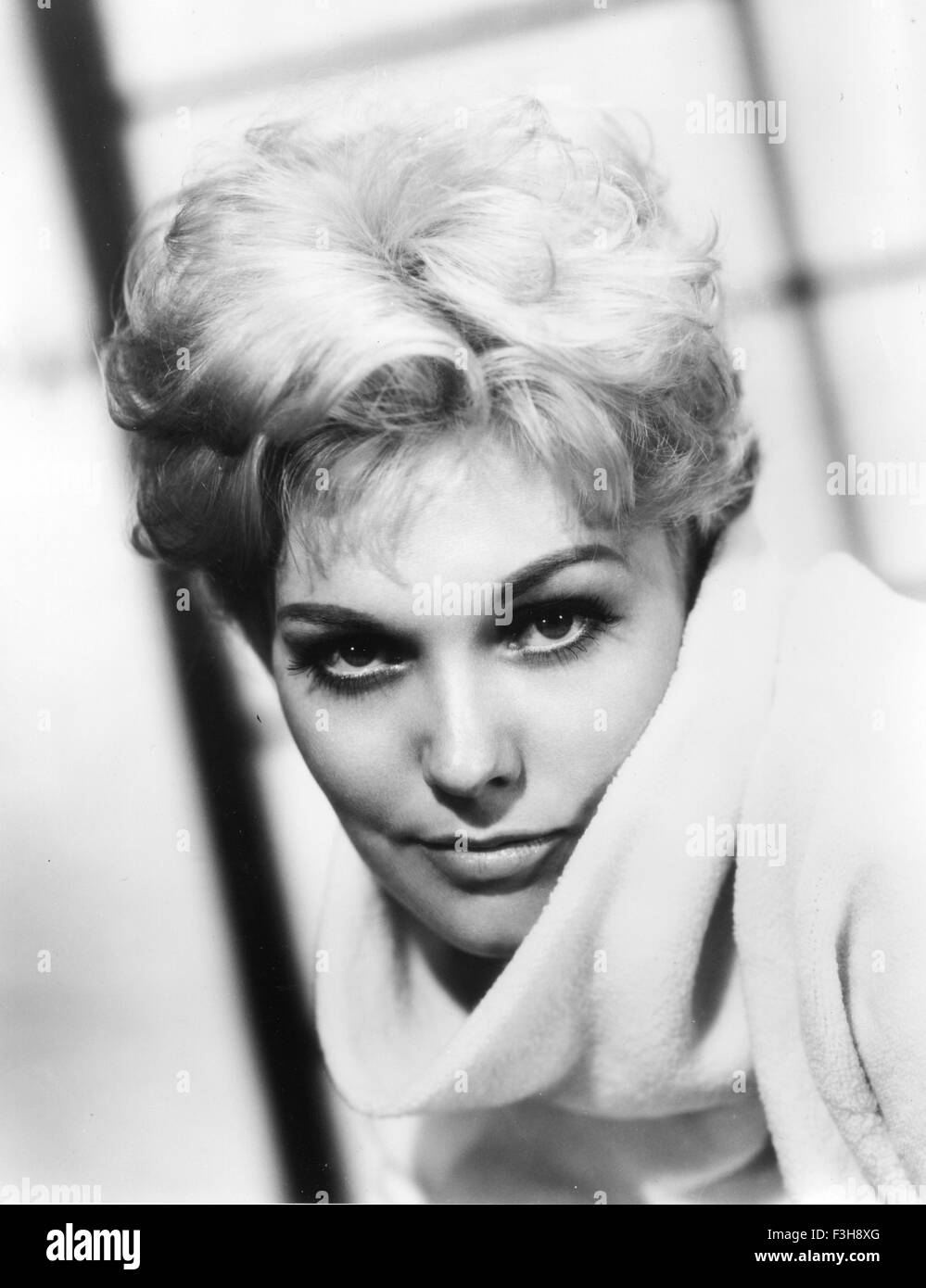 Actress 1960 Black And White Stock Photos Images Alamy