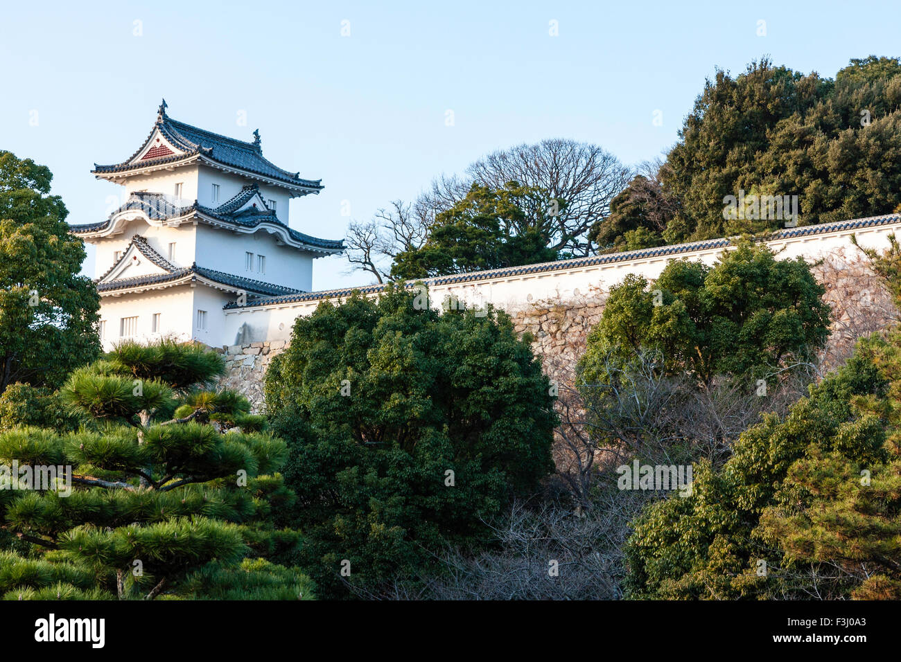Japan, Akaski Castle, Hitsujisaru Yagura, tower, with chidorihafu gable on the first level, karahafu on the second - Stock Image