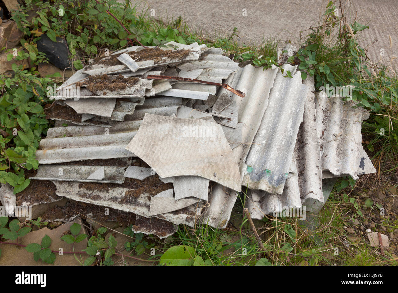 Roofing Material Stock Photos Amp Roofing Material Stock