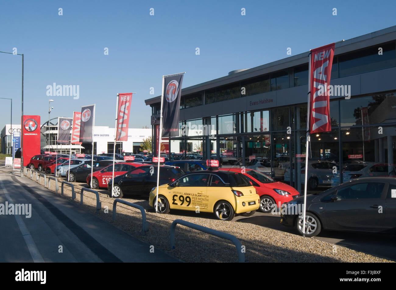 vauxhall garage dealer dealership showroom new car cars maker manufacturer franchised dealerships - Stock Image