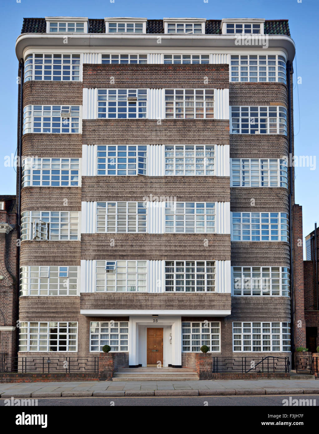 art deco apartment building in the london borough of kensington and