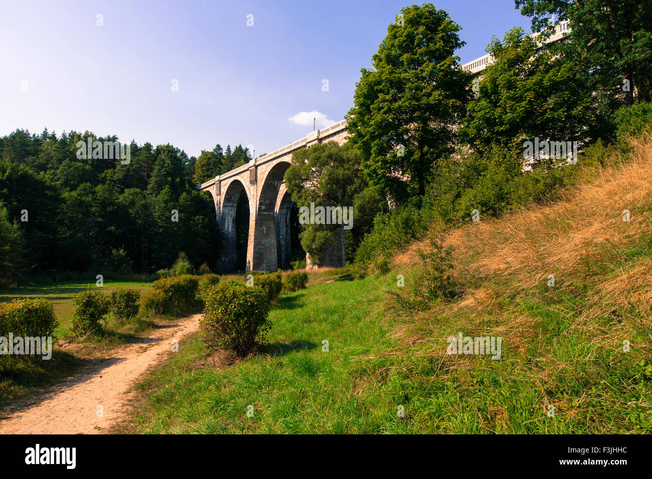 Concrete Railway Bridge Stock Photos Amp Concrete Railway