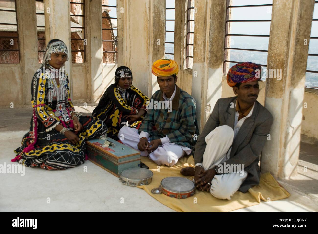 Kalbelia dancing troop at Mehrang Garh fort ; Jodhpur ; Rajasthan ; India NO MR - Stock Image