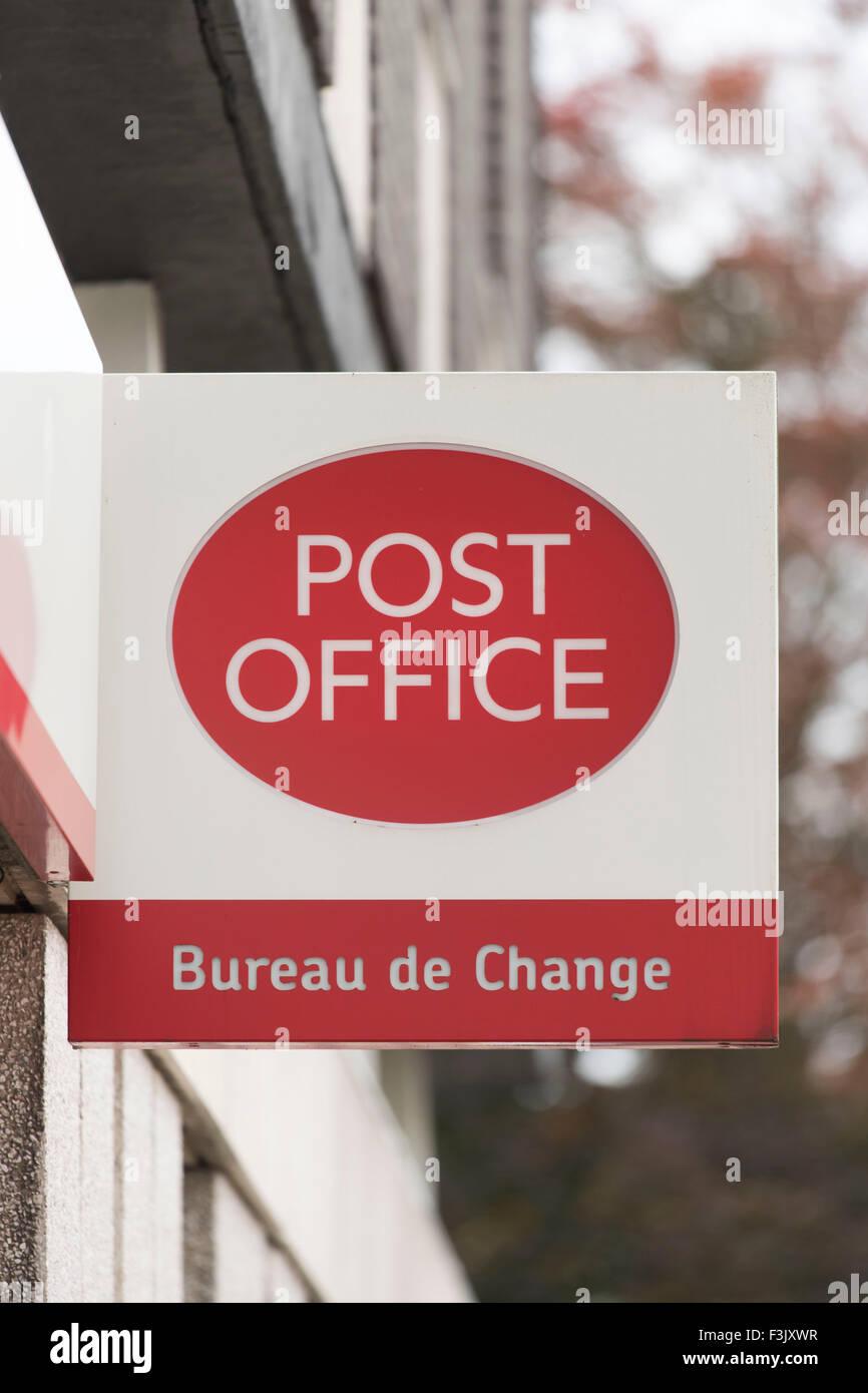 Travel money exchange stock photos travel money exchange stock images alamy - Bureau de change paris 8 ...