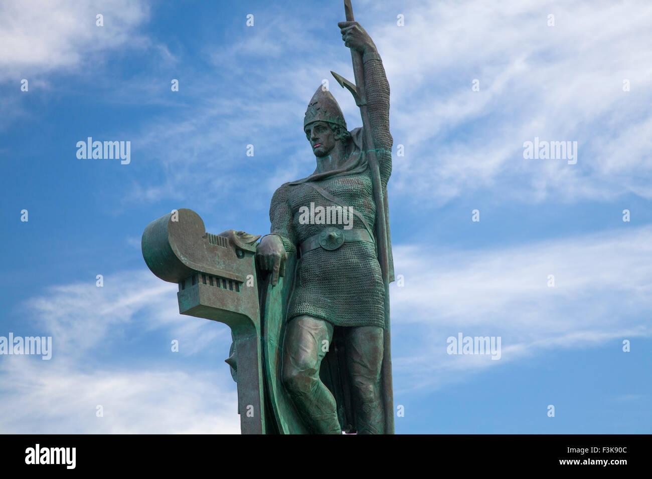 Statue of Ingolfur Arnarson, first Viking settler in Iceland, Arnarholl, Reykjavik, Iceland. - Stock Image