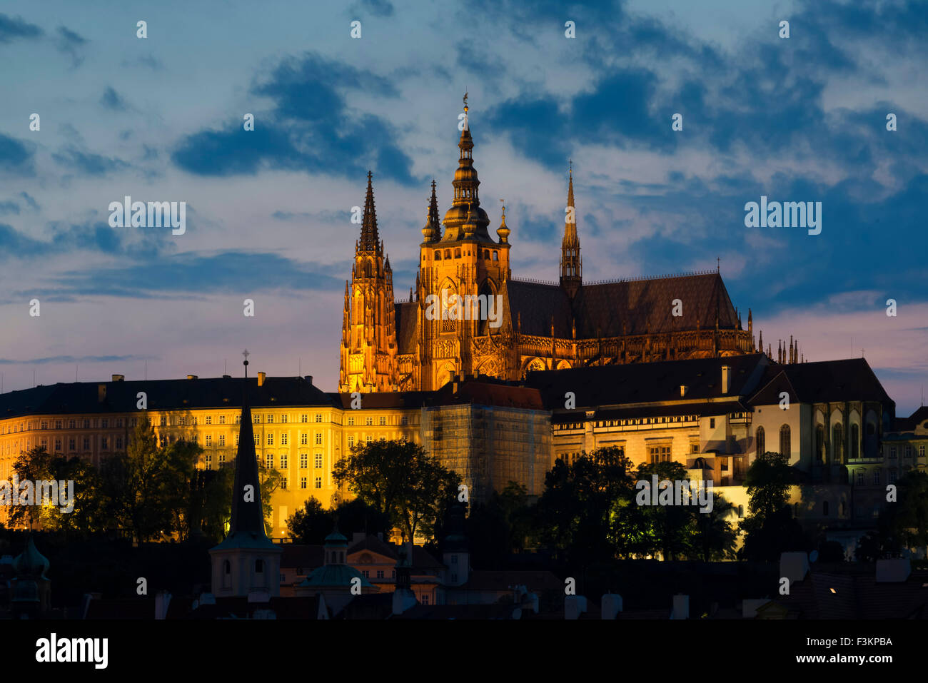 St. Vitus's cathedral and Prague Castle Dusk Stock Photo